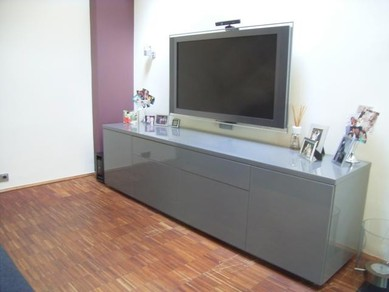 tv schrank versenkbar. Black Bedroom Furniture Sets. Home Design Ideas