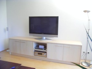 tv m bel nach mass anfertigen tv m bel hochglanz tv. Black Bedroom Furniture Sets. Home Design Ideas