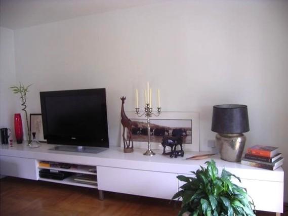 Lowboard weiß hochglanz 3m  Lowboard Weiß Hochglanz 3m | ambiznes.com